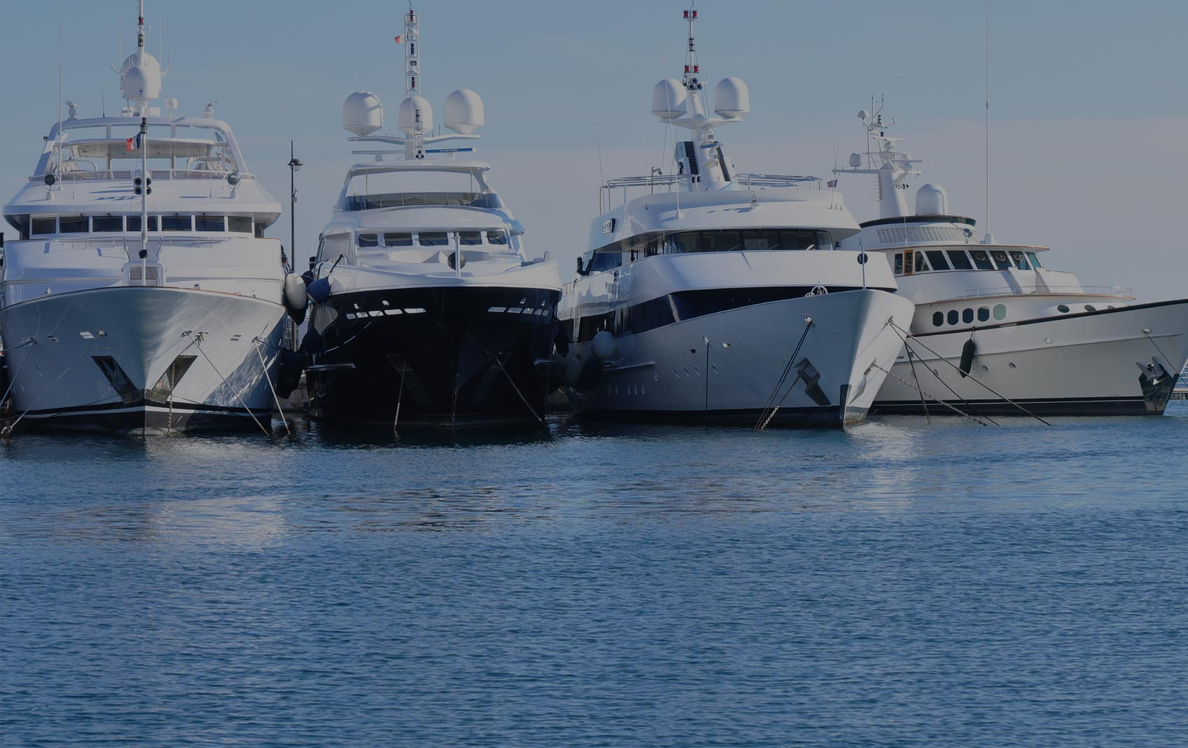 Used luxury motor yachts for sale new orleans for Luxury motor yachts for sale